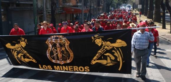 LosMineros-SindicatosUnidosconNapoleonGomezUrrutia